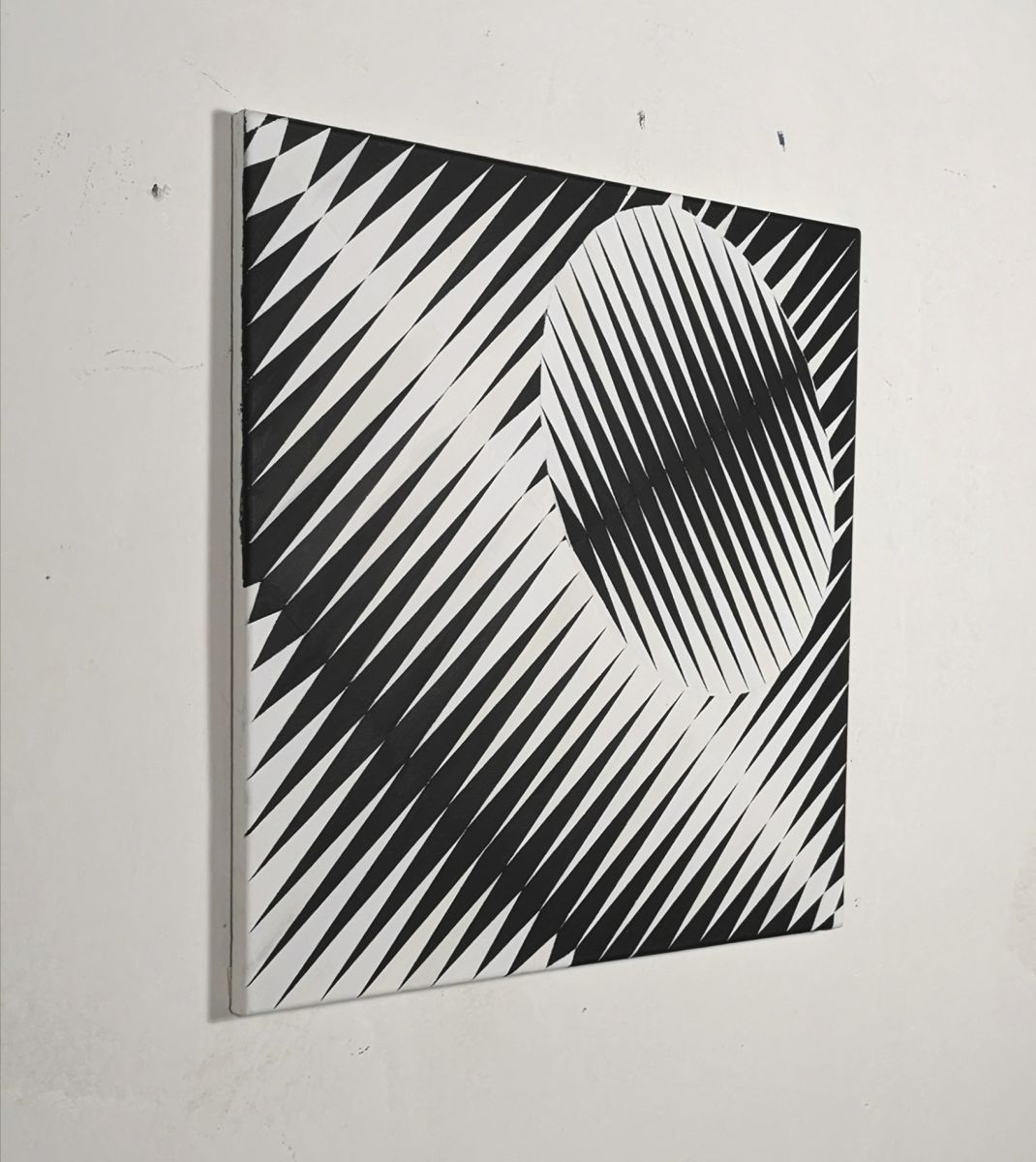 painting-Eder-diagonal-oval-black and white