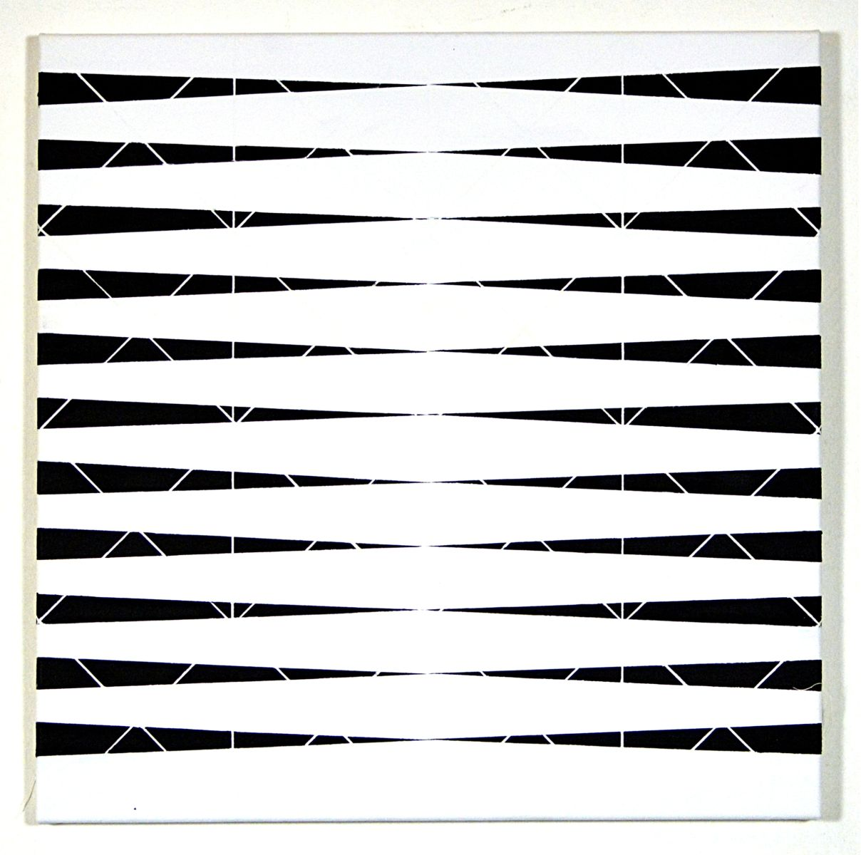 white lines between black and white stripes on canvas-exhibition-lower austria